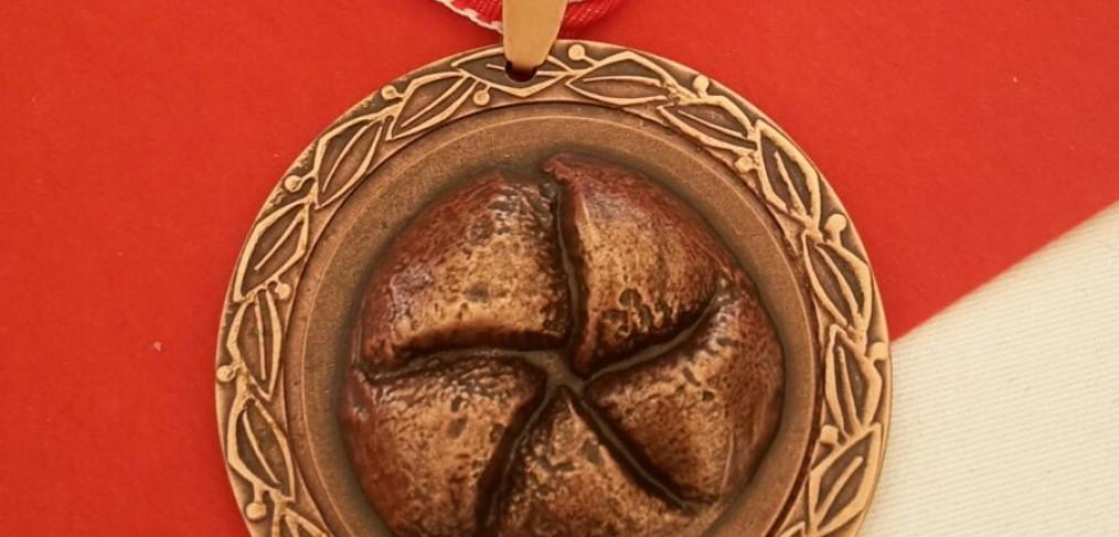bronzenes Leistungsabzeichen Handsemmel